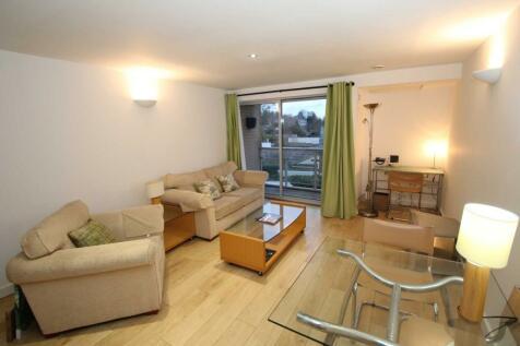 Heath Park House, Cotterells. 1 bedroom apartment