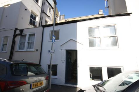 Norfolk Square, Brighton. 2 bedroom terraced house