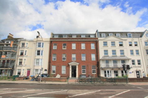 Richmond Place, Brighton. 1 bedroom ground floor flat