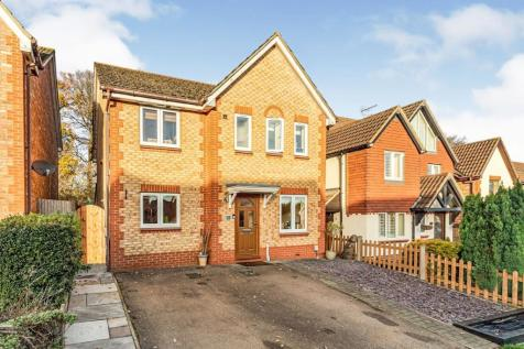 Windermere Close, Stevenage, Hertfordshire, England, SG1. 4 bedroom detached house for sale