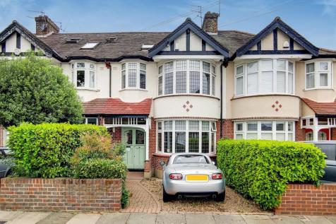 Wellington Road, Bush Hill Park, Enfield. 4 bedroom terraced house
