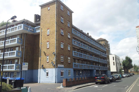 Congreve Street, Old Kent Road, London, SE17. 2 bedroom flat