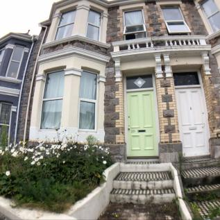 Derry Avenue, Plymouth, Devon, PL4. 5 bedroom terraced house