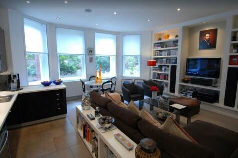 Ivatt Place, London, W14. 1 bedroom flat