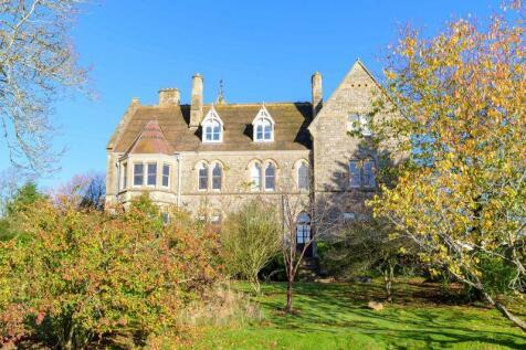 Whitestone, Hereford, HR1 3SG. 4 bedroom character property
