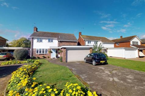 Holt Drive, Wickham Bishops, Witham. 4 bedroom detached house for sale