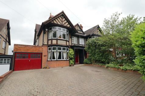 Courtauld Road, Braintree. 5 bedroom semi-detached house for sale