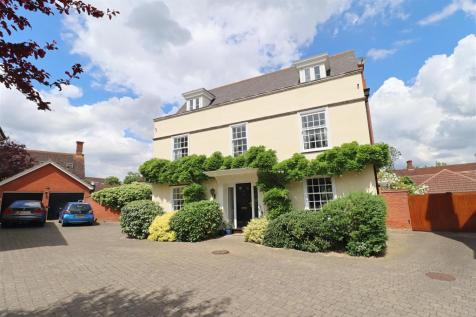Ickworth Close, Great Notley. 5 bedroom detached house for sale