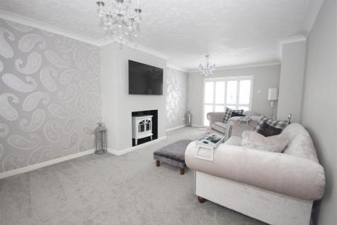 Melford Grove, Great Notley, Braintree. 6 bedroom detached house for sale