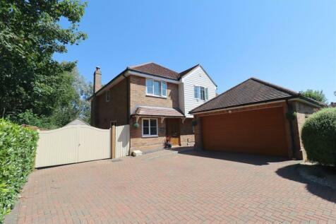 Queenborough Lane, Braintree. 4 bedroom detached house for sale