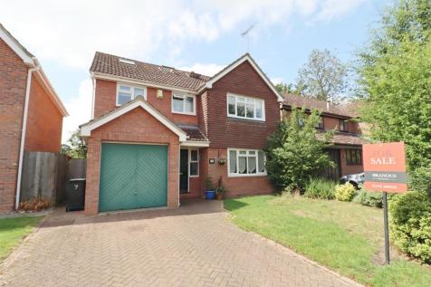 Levens Way, Great Notley, Braintree. 5 bedroom detached house for sale