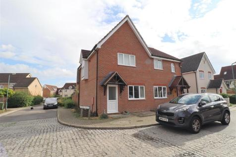 Carpenters Drive, Great Notley, Braintree. 2 bedroom semi-detached house for sale