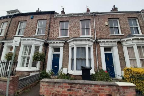 St. Johns Street, York, North Yorkshire, YO31. 5 bedroom terraced house