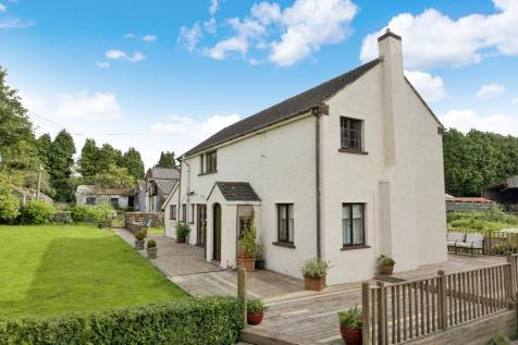 Broadway Farm House, Caerleon, Newport, South Wales, NP18 1AY. 3 bedroom detached house