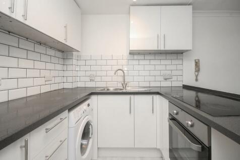 Littlehampton Road, Worthing. 1 bedroom apartment