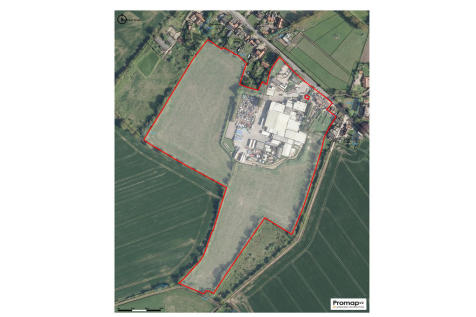 Lot 1: 18.0ac (7.28ha) Development Land, Weybread, Suffolk. Land for sale