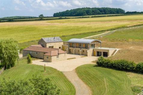 Harringworth, Northamptonshire. 5 bedroom barn conversion