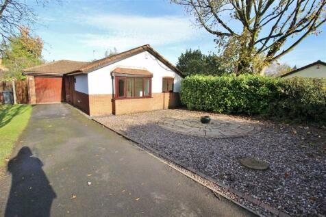 Ridge Way, Penwortham. 3 bedroom detached bungalow for sale