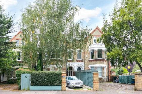St. Margarets Road, Twickenham, TW1. 4 bedroom semi-detached house