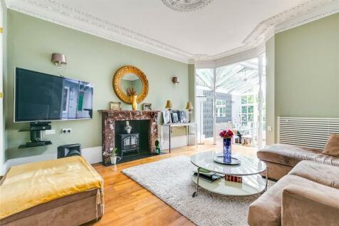 St. Margarets Road, Twickenham, TW1. 4 bedroom semi-detached house for sale