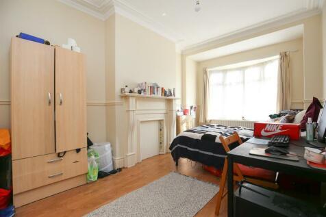 Lynnwood Avenue, Newcastle Upon Tyne. 6 bedroom terraced house