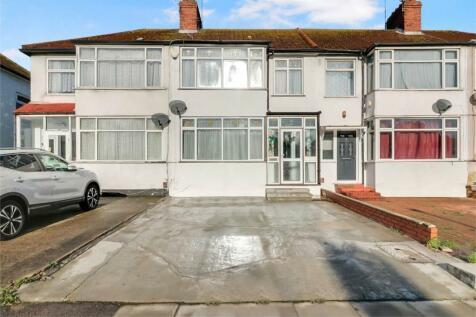 Brent Park Road, London. 3 bedroom terraced house