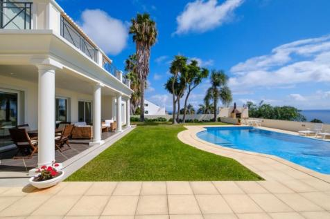 Concelho Santa Cruz, Madeira. 4 bedroom villa for sale