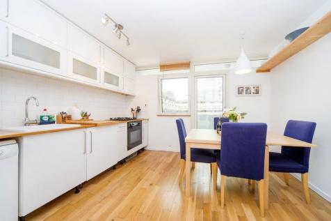 Petticoat Square, Aldgate, London, E1. 3 bedroom flat