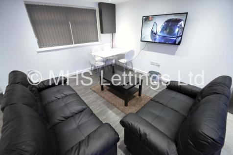 12 Harold Mount, Leeds, LS6 1PW. 3 bedroom detached house