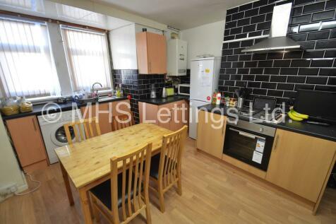 10 Brudenell Avenue, Leeds, LS6 1HD. 3 bedroom terraced house