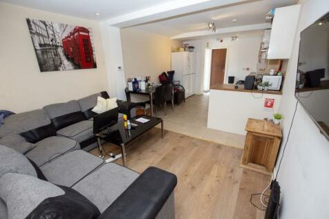 Heeley Road. 6 bedroom terraced house