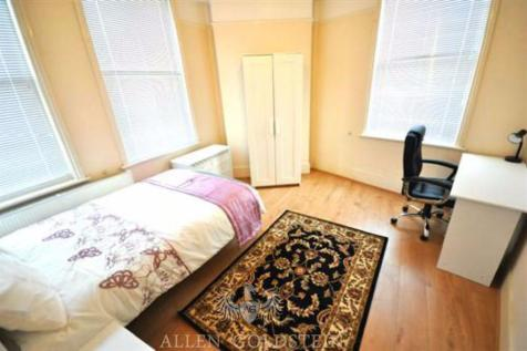 Frederick Street WC1X 9LP. 3 bedroom flat