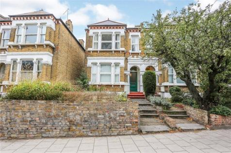 Catford Hill, Catford, London. 4 bedroom house for sale