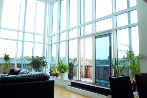 Quayside Drive, Colchester, CO2 8GQ. 4 bedroom penthouse