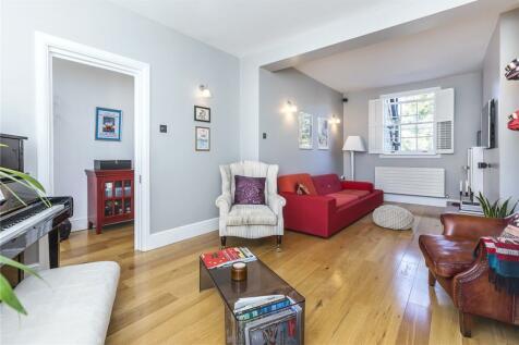 Greenwich Park Street, London, SE10. 4 bedroom end of terrace house