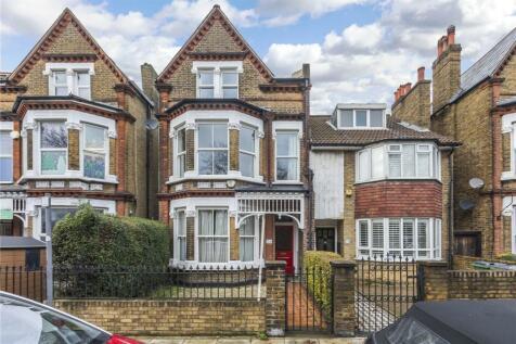 Charlton Road, London, SE3. 6 bedroom semi-detached house for sale