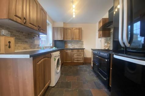 Oldbury Road, Enfield. 3 bedroom terraced house