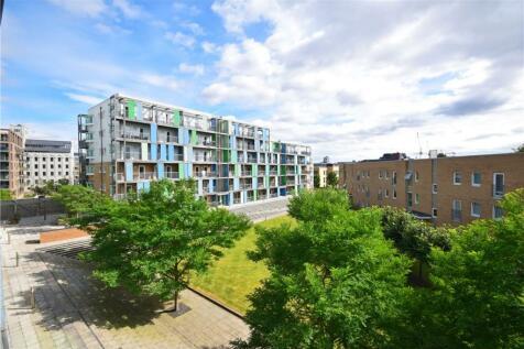 Warren Close, Cambridge, CB2. 2 bedroom apartment