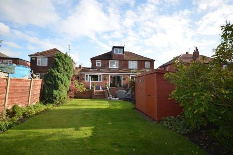 Greave Road, Stockport, SK1. 3 bedroom semi-detached house for sale