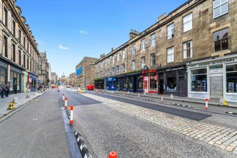 George IV Bridge, Central, Edinburgh, EH1. 3 bedroom flat for sale