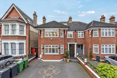 Inchmery Road, London, SE6. 7 bedroom semi-detached house for sale