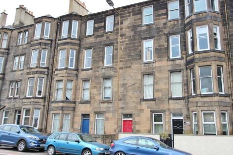 Dalziel Place, Meadowbank, Edinburgh, EH7. 3 bedroom flat