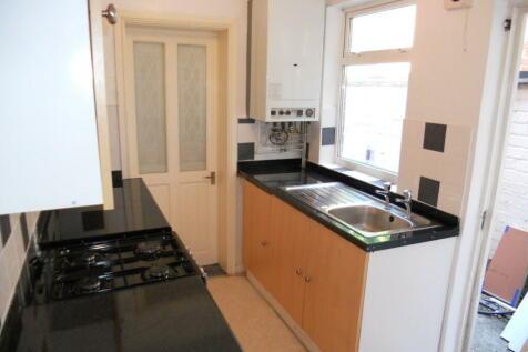 98 Hubert Road, Selly Oak, Birmingham, B29 6ER. 3 bedroom house