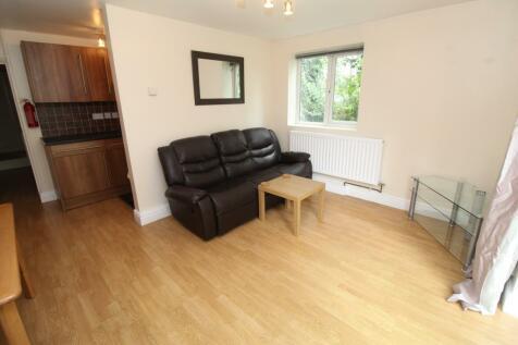 Richmond road, Cathays, Cardiff. 2 bedroom flat
