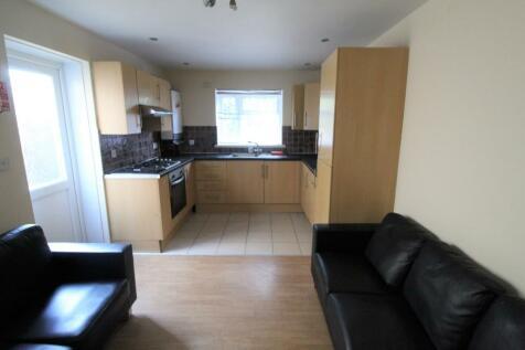Rhymney Street, Cathays, Cardiff. 6 bedroom house