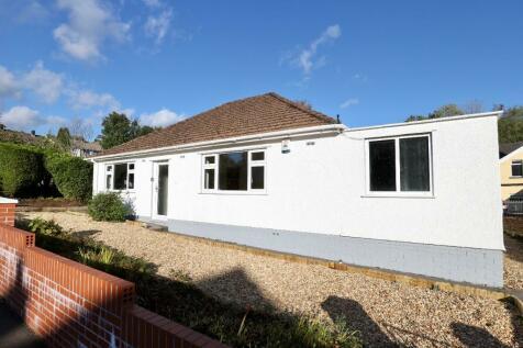 Gurnos Road, Merthyr Tydfil, South Glamorgan, Merthyr Tydfil (County of), CF47. 2 bedroom detached bungalow for sale