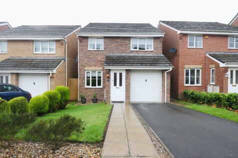 Hawthorn Drive, Merthyr Tydfil, South Glamorgan, Merthyr Tydfil (County of), CF47. 3 bedroom detached house for sale