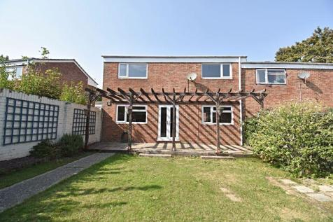 Lawrence Close, Basingstoke. 3 bedroom semi-detached house