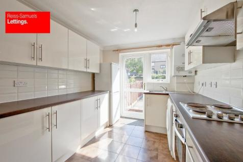 Manchester Road, London, E14. 4 bedroom terraced house