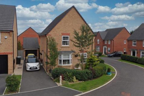 Parn Close, Crewe, Cheshire. 4 bedroom detached house for sale